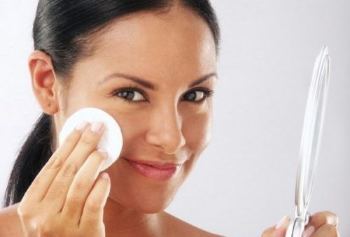 Секрети правильного догляду за шкірою обличчя взимку і способи захисту від холоду