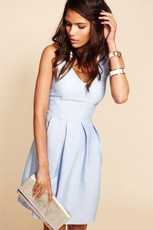 блакитне повсякденне плаття