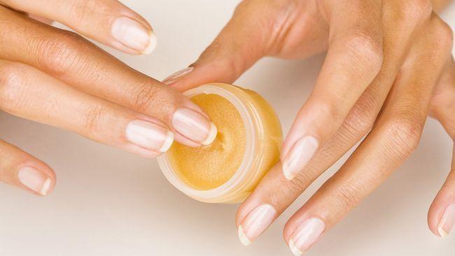 лікування нігтів від розшарування