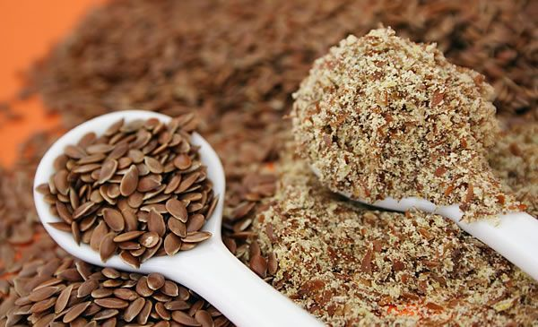 Специфіка вживання лляного насіння для очищення кишечника