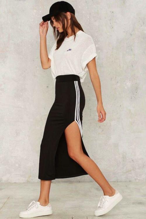 Спортивний стиль в одязі для жінок і чоловіків