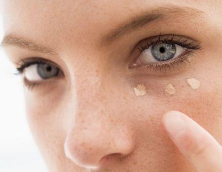 Суха шкіра під очима