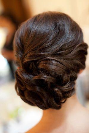 вечірня зачіска на лінние волосся
