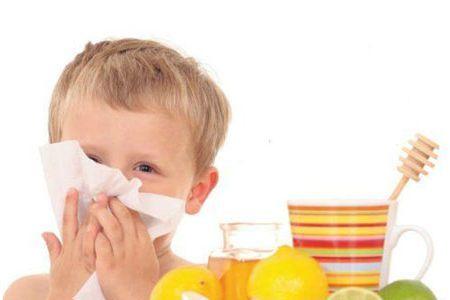 Зелені соплі у дитини - лікування медикаментами і народними засобами
